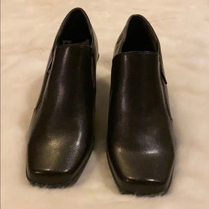 Aero sole booties